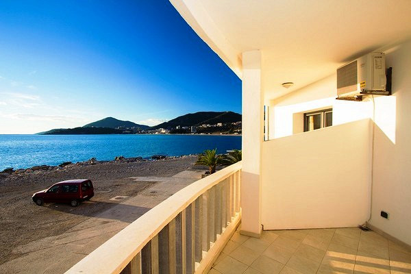 Квартира в остров Хиос на берегу моря недорого