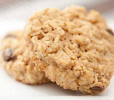 Рецепт Утреннее овсяное печенье сморковью иорехами