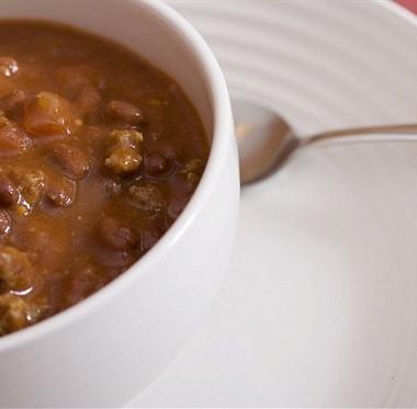 Рецепт Говядина втоматном соусе сфасолью