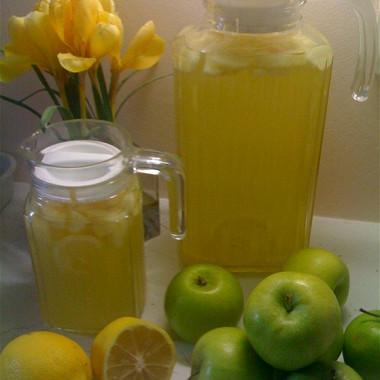 Рецепт Напиток яблочный слимоном