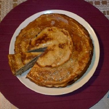 Рецепт Блинный торт ссоусом сабайон свиноградным соком