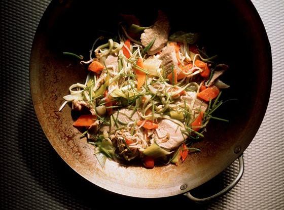 Курица с имбирем и морковью