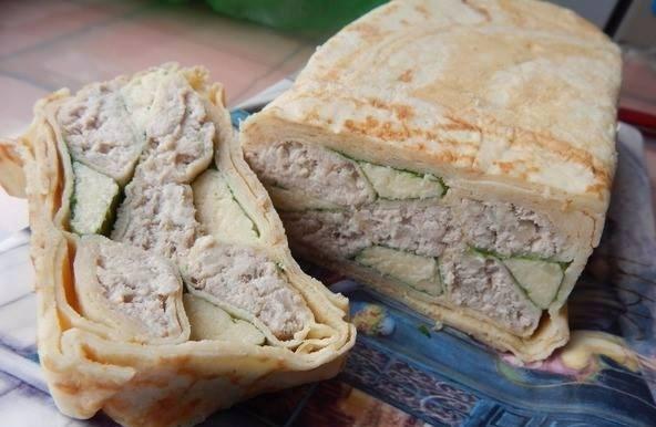 Блинная закуска с мясом и сыром