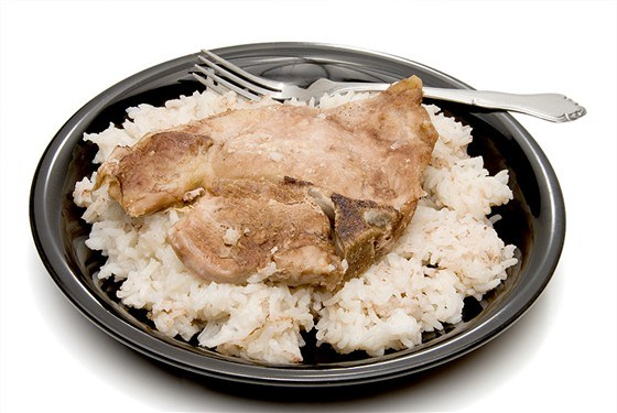 Свиные отбивные с рисом