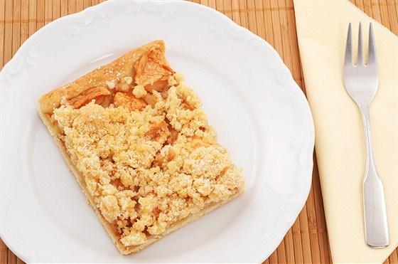 Яблочный пирог с сырной корочкой