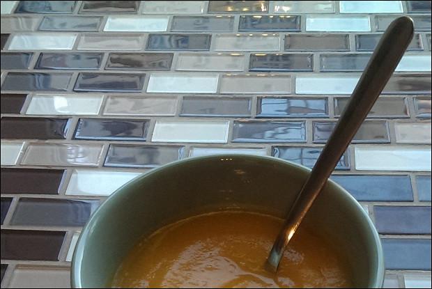 Овощной суп-пюре с кабачками и чесноком