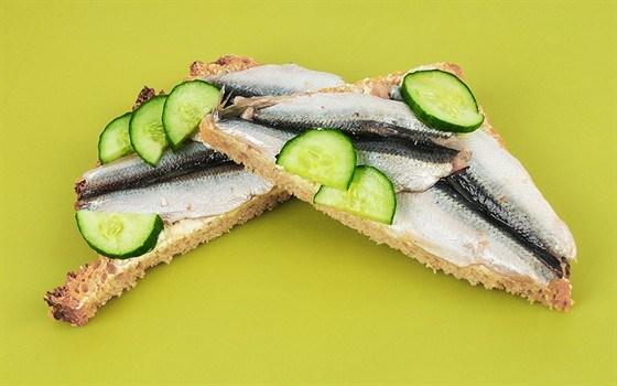 Сэндвичи со шпротами