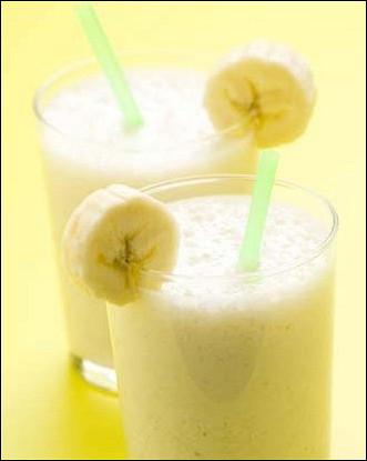 Как сделать банановый коктейль в блендере фото 228