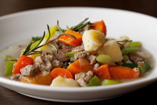 Ирландское рагу с говядиной и картофелем