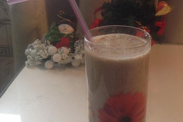 Шоколадный смузи на основе овсяного молока