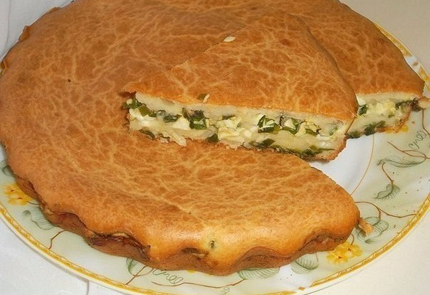 пирог с луком и яйцами заливной