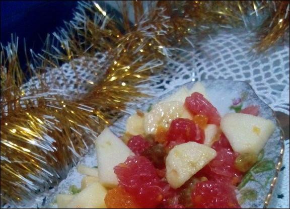 Цитрусовый салат с имбирем и финиками