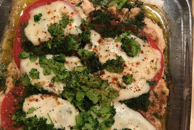 Пицца на мясном корже