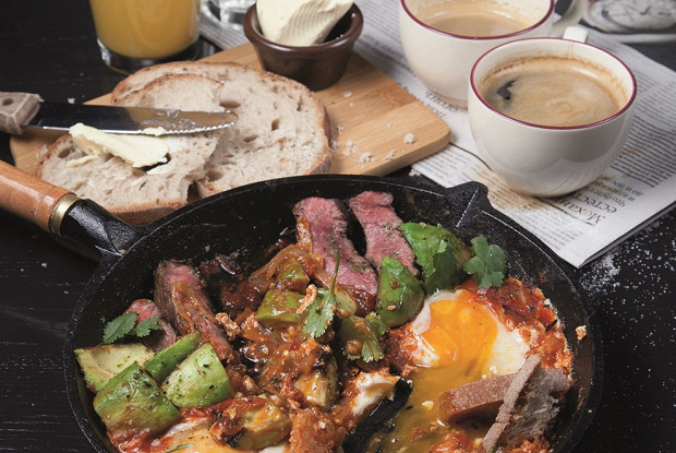 Завтрак со стейком