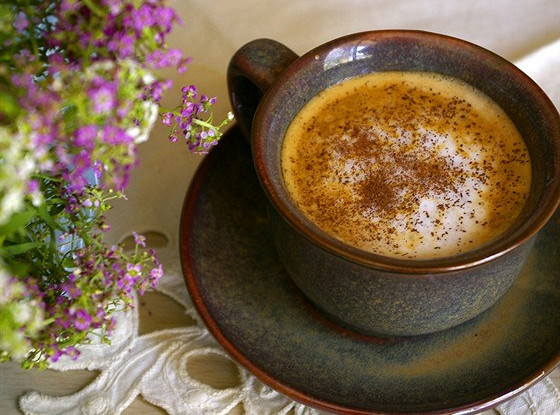 Кофе латте с корицей
