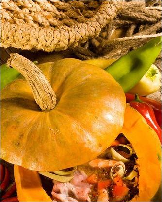 Печеная тыква с тушеным мясом