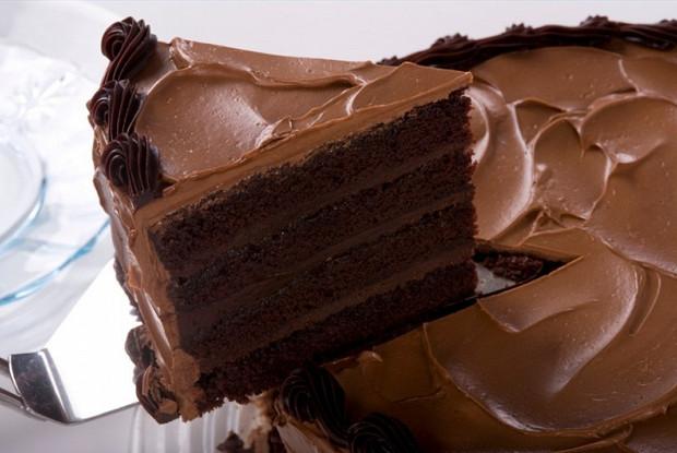 Торт «Пища дьявола» с шоколадным ганашем