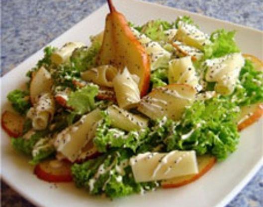 Салат с грушей и цукини