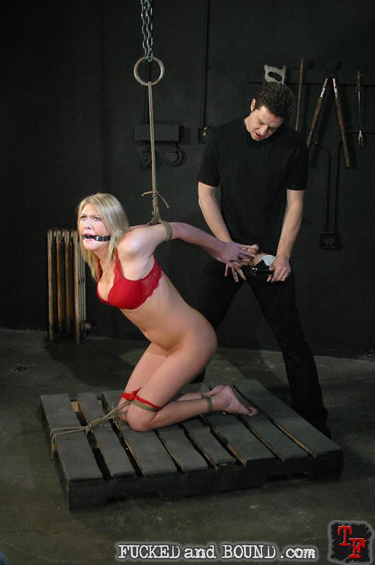 Free bondage streaming videos