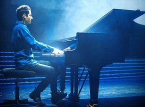 «The Awesome Piano»: Петер Бенце (фортепиано)