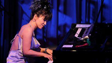 Кэйко Мацуи (фортепиано)